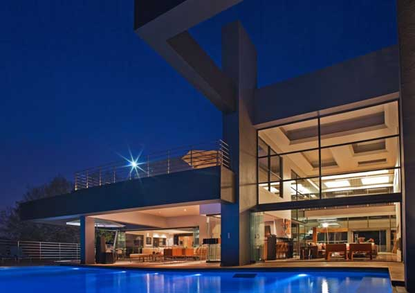 House in Bryanston 3 Incredible Residence with Unequalled Architectural Details