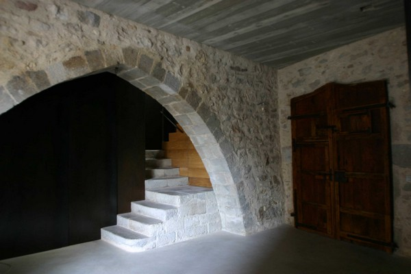 Main entrance Breathtaking Medieval Building Turned Into Contemporary Living Space