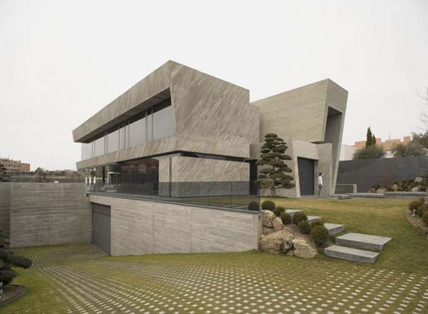 Open Box House by A cero Inspired by Works of a Spanish Sculptor: A ceros Open Box House