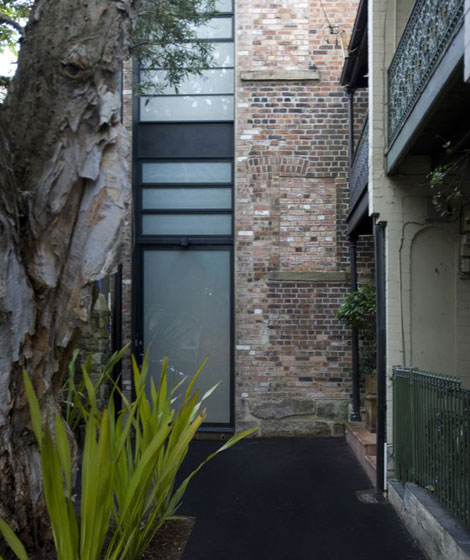 strelein warehouse by ian moore architects au7 Black and White Warehouse