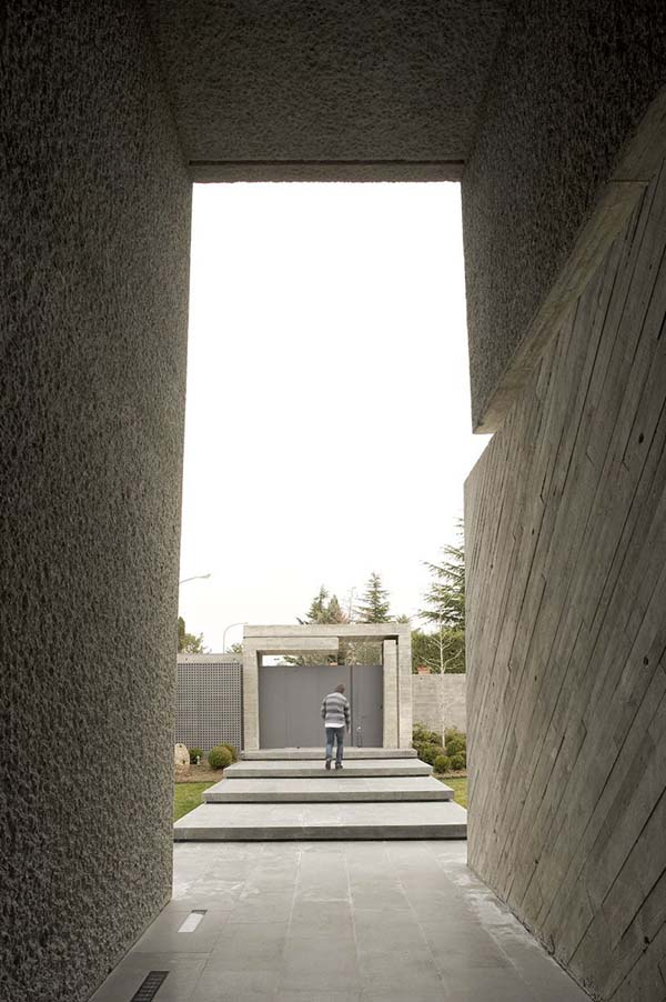Open Box House by A cero 13 Inspired by Works of a Spanish Sculptor: A ceros Open Box House