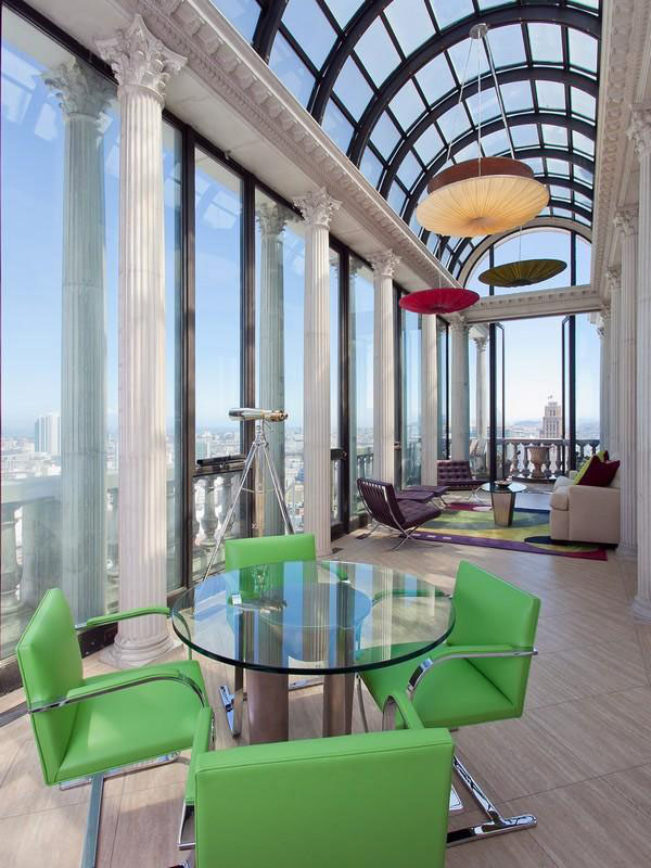 Striking Art Deco Penthouse With Views of Downtown San Francisco