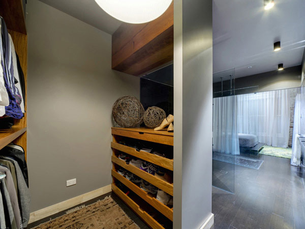 Brisbane House 10 Wool Store Converted Into a Generous Contemporary Loft