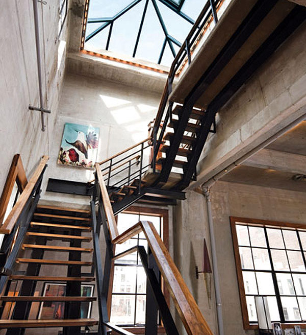 Unique loft design in new york loftenberg for Interior designs new york