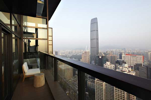 House of the Tree 14 Glazed Double Height Penthouse Overlooking The Urban Jungle