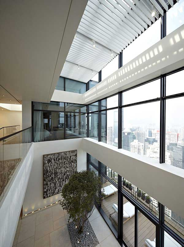 House of the Tree 5 Glazed Double Height Penthouse Overlooking The Urban Jungle