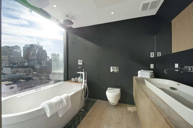 bathroom gray marble view stand alone tub cococozy 660x438 Chic Loft in New York